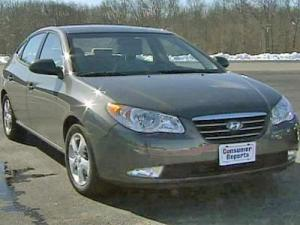 The Hyundai Elantra won the top prize among small cars in Consumer Reports 2008 ratings - a big turnaround for a company was a bottom feeder in the 1990s.