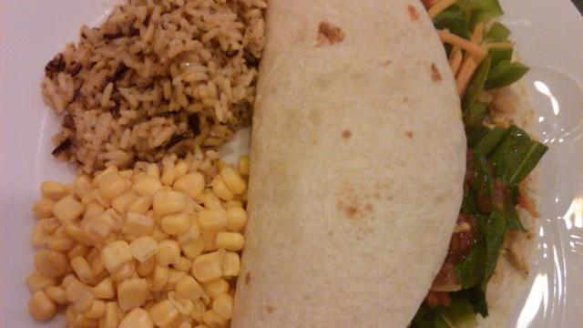 Chicken & cheese soft tacos