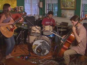 Andrea Connolly, Pete Connolly and Josh Starmer, of Birds and Arrows, perform for WRAL.com's Hear it from Hutch.