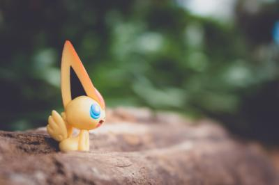 Despite reports of dangers, Twitter users share their Pokemon Go love. Here's how parents can keep their kids safe. (Deseret Photo)