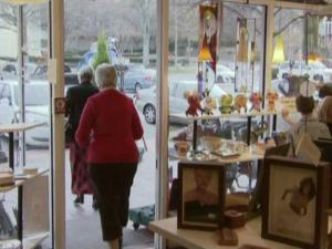 Shopkeepers in Raleigh's Cameron Village saw a rush of business Saturday as the clock ticked down on Christmas Eve.