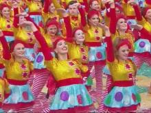 Holly Springs dancers escort Santa in Thanksgiving parade