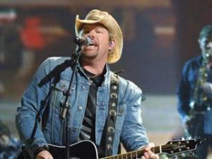 Toby Keith with Trace Adkins, July 11