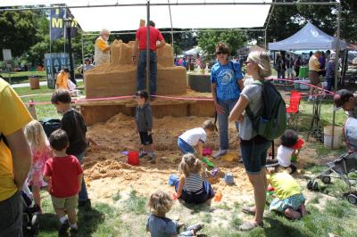 A two day art festival takes over Downtown Raleigh every May. Enjoy sand art, sculpture, live music, crafts for kids, beer, and shopping!