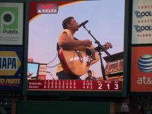 Scotty McCreery sings at Braves game
