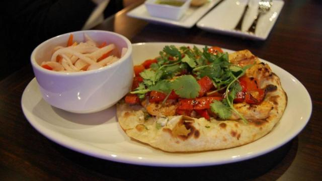 The pepper chicken flatbread at Zinda.