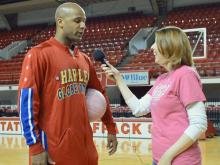 Globetrotters show to feature fan voting