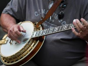 Banjo picking at Wide Open Bluegrass.
