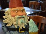 Travelocity Roaming Gnome enjoys Sugarland's gelato