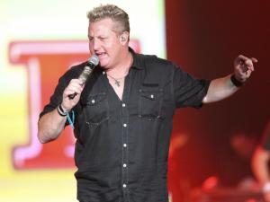 Rascal Flatts, Sheryl Crow play Walnut Creek