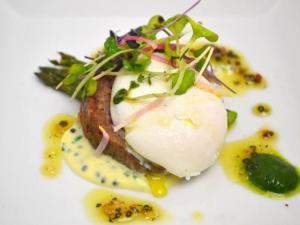 "COURSE 1: Competition Dining Breadless Benedict, ""Our"" Lamb Sausage, Biltmore Sparkling Wine Atlantic Caviar & Pancetta Vinaigrette, Sparkling Wine Caviar Sabayon, Lime Caviar, Egg, Asparagus"