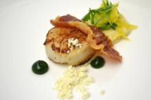 Course 1 - Roasted Scallop, Logan Turnpike Stone Ground Grits, Saffron, Basil, Chili, Crispy Johnston County Mangalitsa Ham