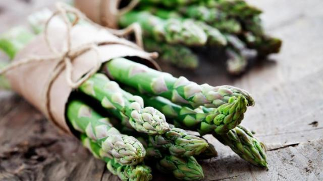 Spring is here as asparagus starts popping up in farmers markets and grocery store produce displays. Simply steamed, asparagus makes a great side dish to any meal, but the slim stalks can be enjoyed other ways. Here are five cooking methods to try. (Deseret Photo)