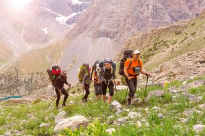 Do you know about the benefits of exercise beyond physical health? This post explains 5 reasons taking a hike can help your mental state as well. (Deseret Photo)