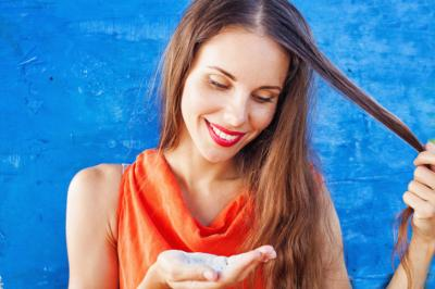Dry shampoo can work wonders on unruly hair; but before you start reaching for it every day, find out what else it might be doing. (Deseret Photo)