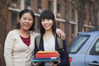 Fall semester is just around the corner and thousands of college freshman will be pushed out into the world on their own. Parents can follow a few guidelines to encourage college success. (Deseret Photo)