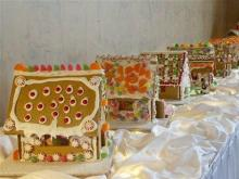 Food_Gingerbread_Houses
