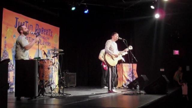 Justin Roberts performs at The ArtsCenter