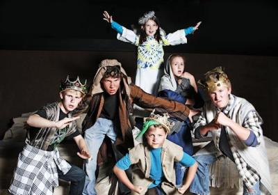 The Herdmans: (L-R) Dason Fuller as Claude Herdman, Connor Gerney as Ralph Herdman, Marleigh Purgar-McDonald as Gladys Herdman, Evan Tylka as Ollie Herdman, Lauren Toney as Imogene Herdman, and Langdon Ogburn as Leroy Herdman. Photo by Curtis Brown.