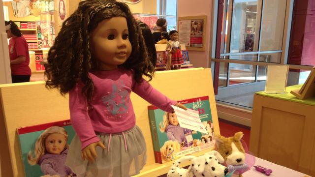 The store feature retail space, a salong for dolls, restaurant and special events.