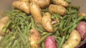 Sunday Dinners: Green beans and fingerling potatoes
