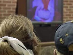 Too much time in front of the screen is bad for developing blood vessels, a study says.