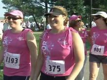 Thousands Race for the Cure