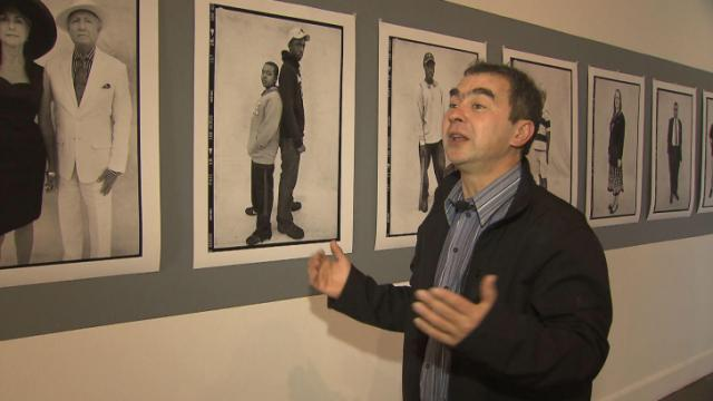 Photographer of famous faces turns lens toward Wilson