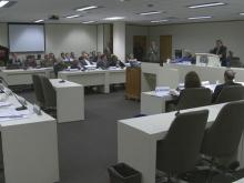 Legislative committee considers cuts to unemployment benefits