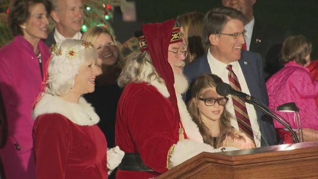 Gov. McCrory lights Christmas tree at State Capitol