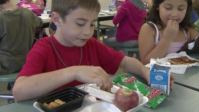 Wake tries to beef up fruit, veggie offerings in school lunches