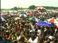 The masses gather for FamFest