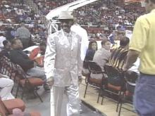 Mr. CIAA Makes Fashion Statement At Tournament