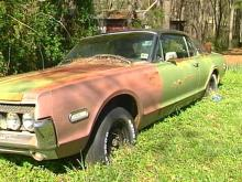 Wake County commissioners are considering an ordinance that would penalize junk car owners.(WRAL-TV5 News)