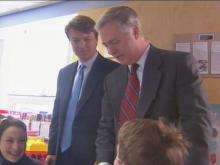 Senator John Edwards and Governor Mike Easley want to give patients more power in choosing their doctors and their health care.(WRAL-TV5 News)