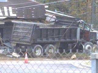 Dump Truck In Salon