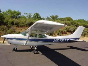 A Cessna T182G  similar to this crashed into a residential area in west Charlotte late Sunday morning.