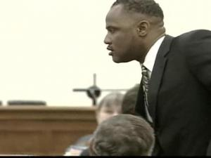 Melvin Bynum in court in 2007