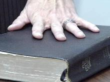 Debate Over Religious Texts for Court Oaths Goes Before Judge