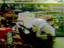 Robbers Strike Warren County Store
