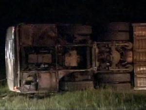 Greyhound Bus Overturns on Raleigh Beltline