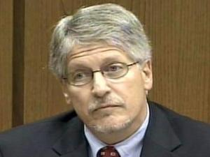 Mike Nifong testifies during his criminal contempt hearing Aug. 31, 2007.