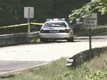 Man's body found in Jordan Lake