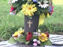 Hundreds of vases stolen from Raleigh cemeteries