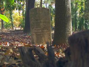 Oberlin Cemetery contains the graves of many residents of Raleigh's first neighborhood for freed blacks in the late 1800s.