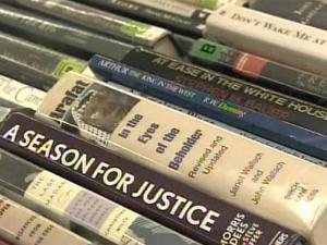 Annual book sale draws hundreds
