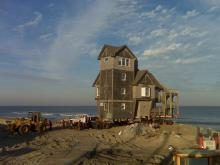 1/15: 'Nights in Rodanthe' house being moved