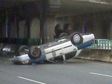 Viewer video: RPD car overturns