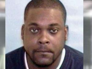 """Police asked for help from from the public in locating Tarae Lamont Mosby, 29, who also goes by """"Ray Ray."""""""