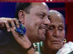 Kisan Upadhaya embraces his mother on live Indian television